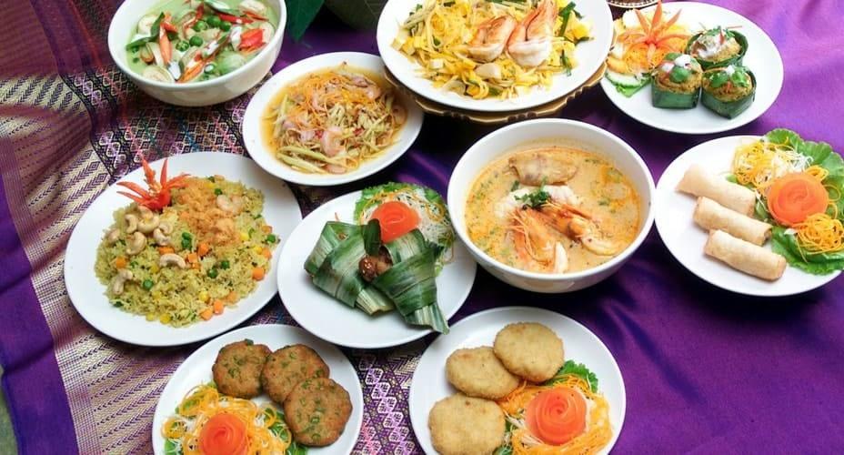 thai buffet lunch chiang rai day trip