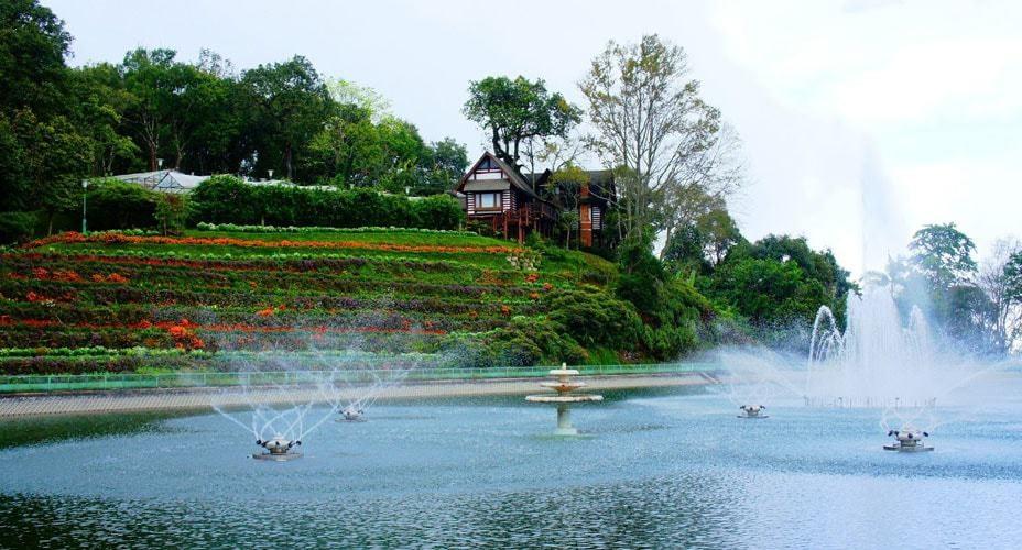 bhubing palace and royal gardens