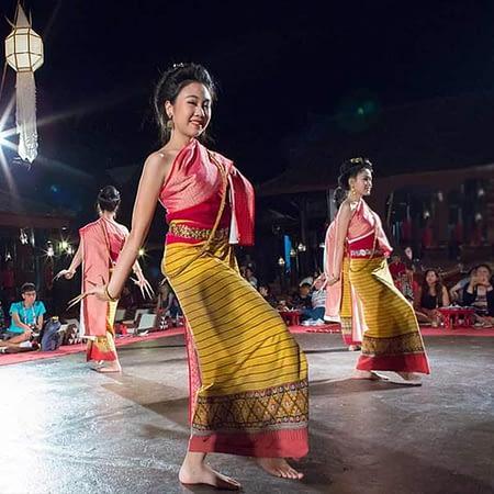 khantoke dinner dance chiang mai