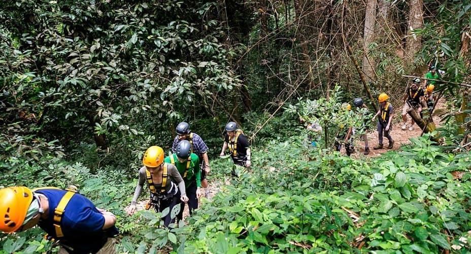 hike to the waterfall chiang mai