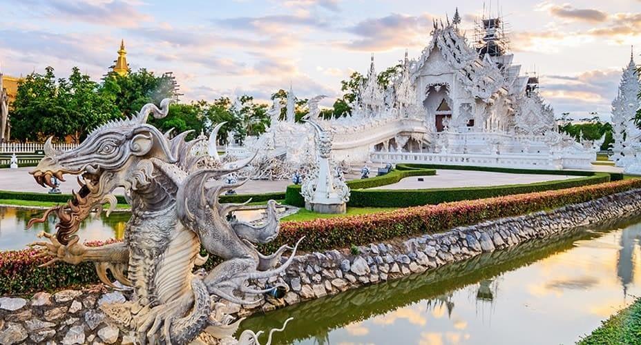 white temple chiang rai tour