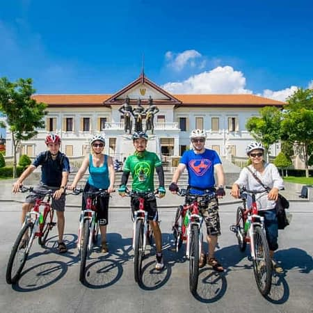 chiang mai half day bike tour old city