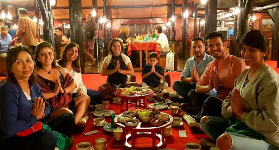 khantoke dinner chiang mai tours