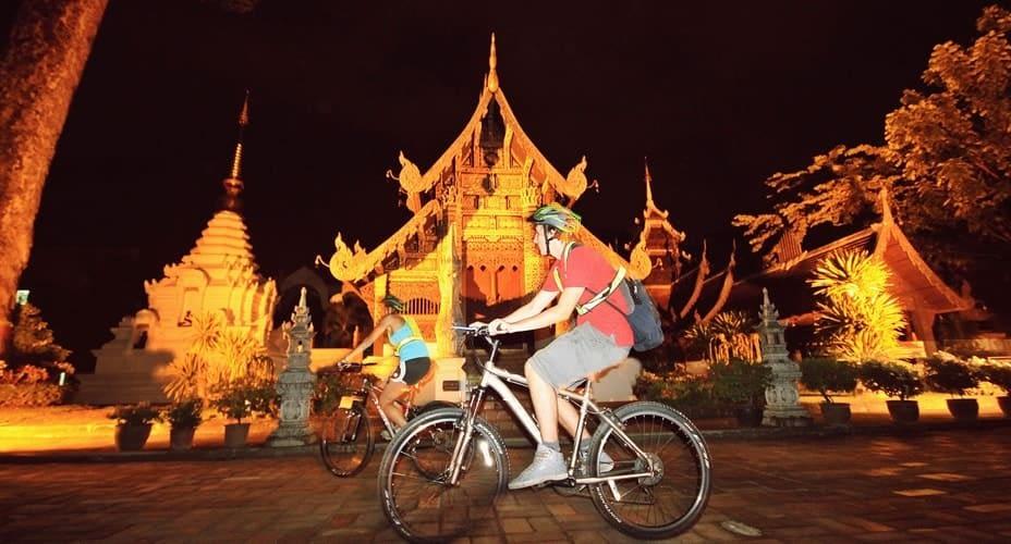 chiang mai by night cycling tour