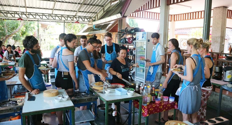 cooking school chiang mai organic